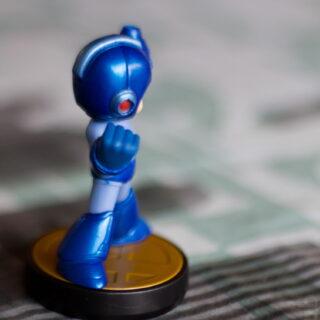 3/4 Amiibo Megaman