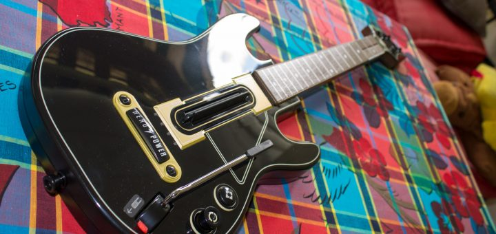 Unboxing de Guitar Hero Live sur Xbox One