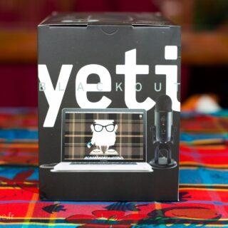 Unboxing du Blue Yeti Blackout, le meilleur micro pour Youtube ?