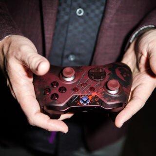 La manette idéale pour jouer à Gears of War 4 ^^ !