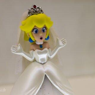 J'avoue, j'adore l'expression de cet Amiibo Peach de Mario Odyssey