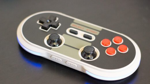 Cette Manette 8bitdo NES30 Pro vous fera tourner la tête !
