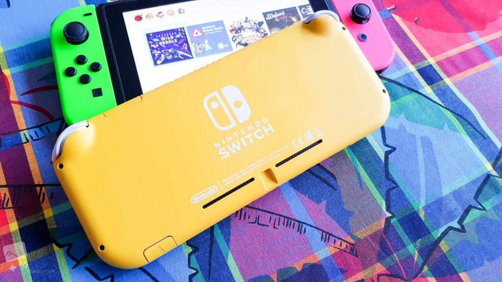 Le jaune banane sied très bien à cette console !