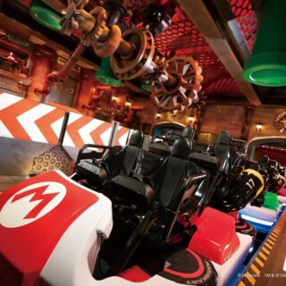 Mario Kart montagne russe.